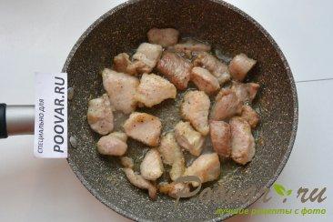 Свинина, жаренная со стручковой фасолью Шаг 2 (картинка)