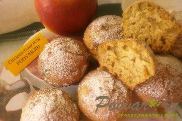 Кексы с яблоками Изображение