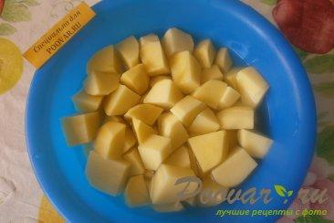 Курица с картофелем в томате Шаг 2 (картинка)