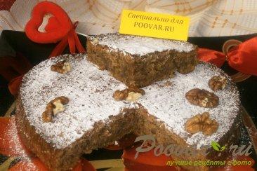 Пирог с орехами и грушей Изображение