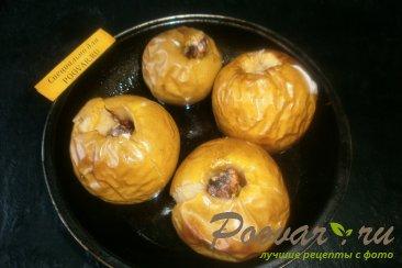 Яблоки, запечённые с карамелью и орехами Шаг 5 (картинка)