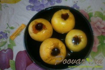 Яблоки, запечённые с карамелью и орехами Шаг 3 (картинка)