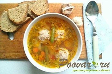 Суп с фрикадельками Изображение