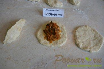 Постные пирожки с грибами и капустой в духовке Шаг 10 (картинка)