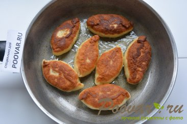 Пирожки жаренные с картошкой и грибами Шаг 10 (картинка)