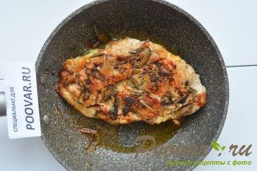 Куриная грудка под сыром в сковороде Шаг 8 (картинка)