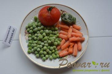 Жареная рыба на сковороде с замороженными овощами Шаг 2 (картинка)