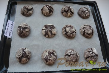 Треснутое шоколадное печенье - Crackied chocolate cookies Шаг 10 (картинка)
