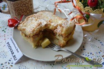 Шарлотка с яблоками из черствых куличей, сдобного хлеба Изображение