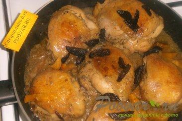 Куриные бёдрышки с черносливом и курагой Шаг 7 (картинка)