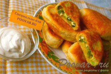 Пирожки с луком и яйцом на кефире Шаг 14 (картинка)