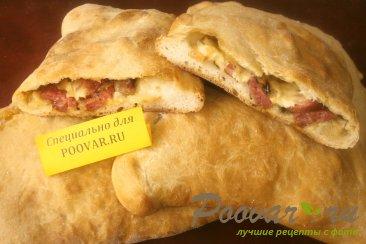 Закрытая пицца Кальцоне Изображение