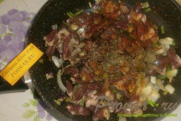 Куриные сердечки с картофелем Шаг 6 (картинка)