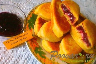 Пирожки со смородиной на кефире Изображение