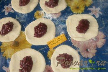 Пирожки со смородиной на кефире Шаг 8 (картинка)