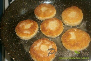 Сырники с белковым кремом и клубникой Шаг 7 (картинка)