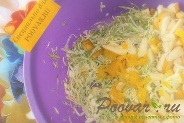 Салат из капусты и фруктов Шаг 6 (картинка)