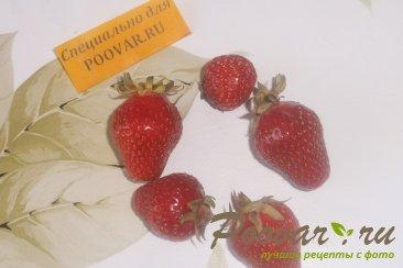 Яблоки запечённые, фаршированные клубникой Шаг 2 (картинка)