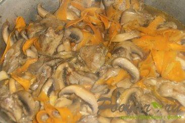 Рагу из куриной печени и грибов Шаг 12 (картинка)
