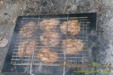 Куриные бёдра на мангале Шаг 7 (картинка)