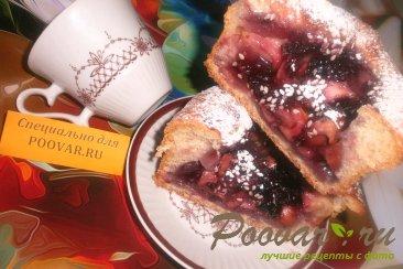 Пироги со смородиной и яблоками Изображение