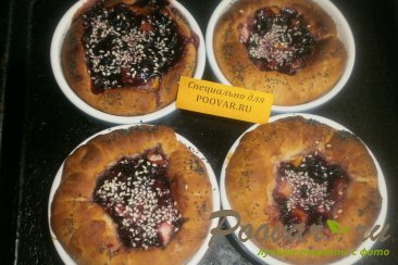 Пироги со смородиной и яблоками Шаг 13 (картинка)