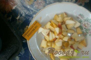 Пироги со смородиной и яблоками Шаг 6 (картинка)