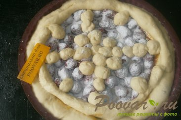 Пирог с малиной и сгущёнкой Шаг 9 (картинка)