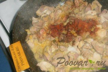 Куриные желудки с луком и томатом Шаг 7 (картинка)