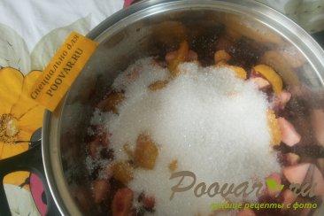 Варенье из красной смородины с фруктами Шаг 10 (картинка)