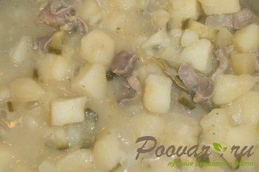Картофель с куриными желудками и огурцами Шаг 9 (картинка)