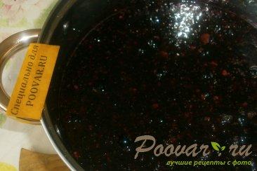 Варенье-желе из чёрной смородины с корицей Шаг 7 (картинка)