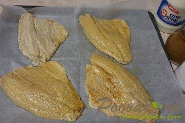 Рыба запеченная в духовке с помидорами Шаг 2 (картинка)