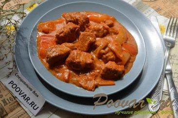 Свинина в томатно-сметанном соусе Изображение