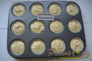 Кексы с клубникой и шоколадом Шаг 8 (картинка)