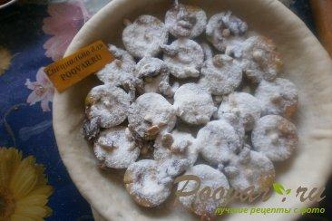 Пирог со сливой, орехами и изюмом Шаг 11 (картинка)