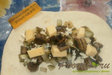 Кальцоне с грибами и маринованными огурцами Шаг 12 (картинка)