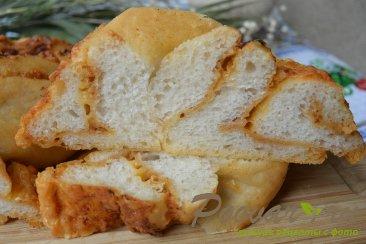 Хлеб-багет с сыром и чесноком Шаг 11 (картинка)