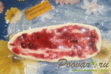 Пирог из розочек со смородиной Шаг 6 (картинка)