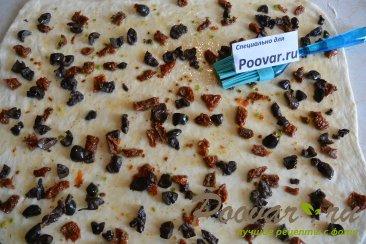 Хлеб-багет с вялеными помидорами и маслинами Шаг 5 (картинка)