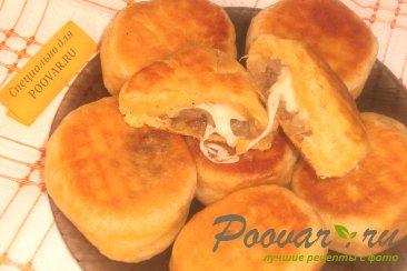 Пончики из тыквенного теста с луком и сыром моцарелла Изображение