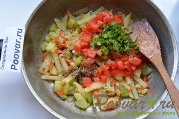 Кольраби тушеная с овощами Шаг 6 (картинка)