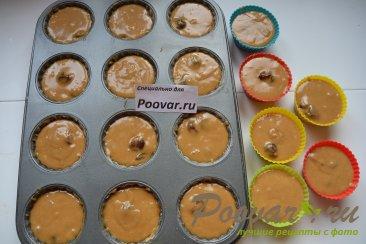 Кексы из ирисок с вишней Шаг 10 (картинка)
