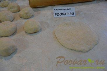 Пирожки с творогом и сыром из дрожжевого теста Шаг 8 (картинка)