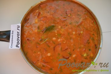 Тушеная фасоль с колбасками в томатном соусе Шаг 7 (картинка)
