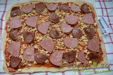 Пицца домашняя с колбасой и сыром Шаг 11 (картинка)