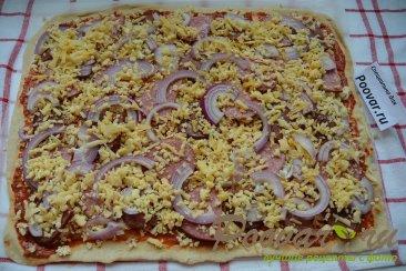 Пицца домашняя с колбасой и сыром Шаг 13 (картинка)