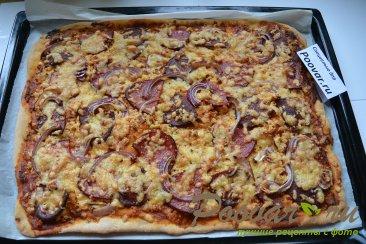 Пицца домашняя с колбасой и сыром Шаг 14 (картинка)