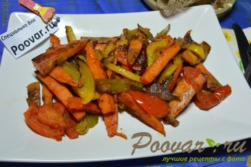 Жареный батат на сковороде с овощами Шаг 8 (картинка)
