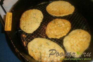 Оладьи из картофельного пюре с зеленью Шаг 6 (картинка)